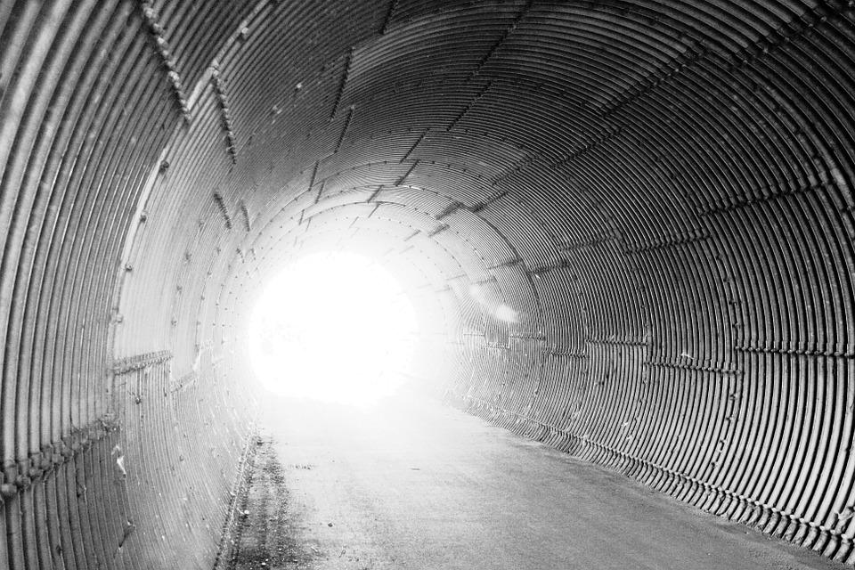 tunnel-73018_960_720